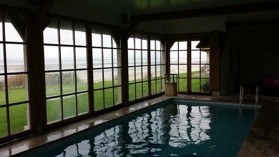 La Chaumière : piscine
