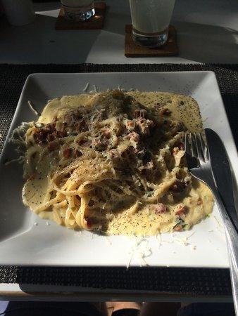 Titi Panini Pasta & Salad Bar : Pasta carbonara ����