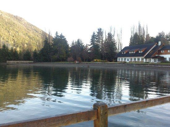 Hosteria El Retorno: Lago