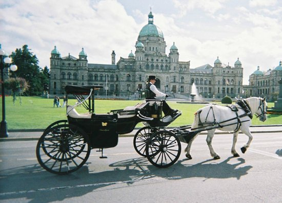 ‪Victoria Carriage Tours‬