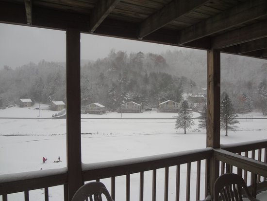 Willow Valley Resort: Snow on November 1