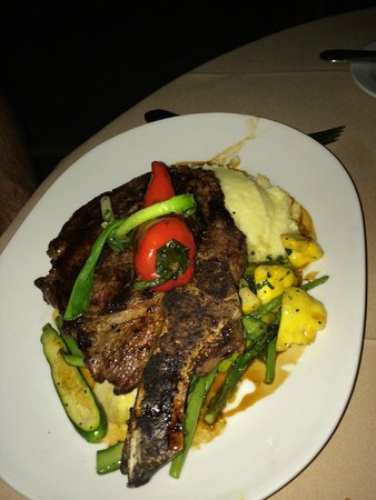 Lon's at the Hermosa : Beef Special