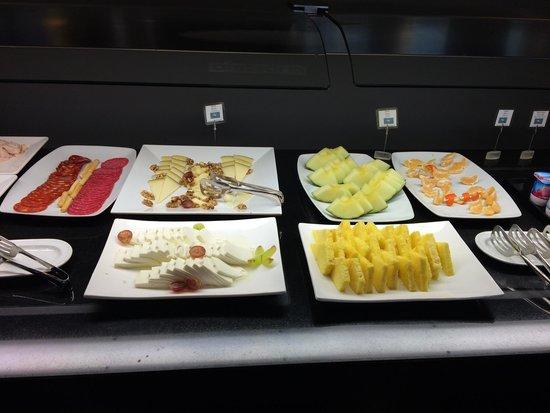 Hotel Eurostars Mar de Vigo: Pequeno almoço