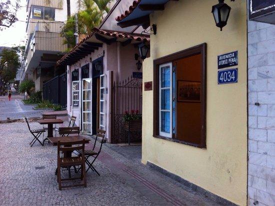 Emporium Armazem Mineiro: Vista do lado de fora do restaurante (Belo Horizonte - nov.2014)
