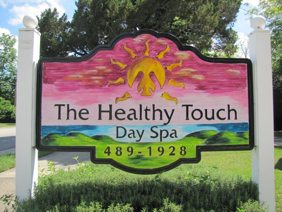 ‪The Healthy Touch Day Spa‬
