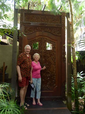 Hibiscus Resort & Spa : at Spa entrance