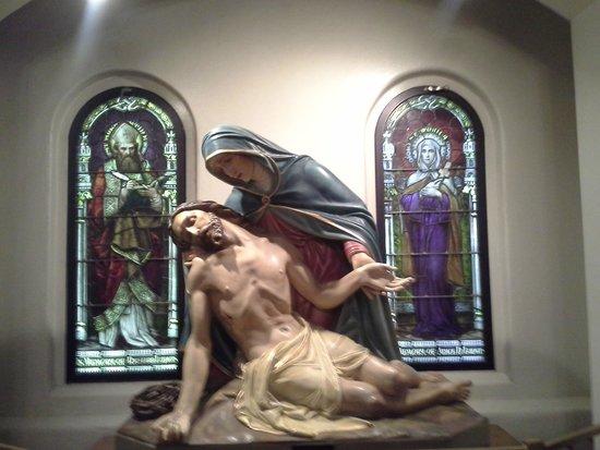 St. Mary's Basilica: Beautiful Imagery.