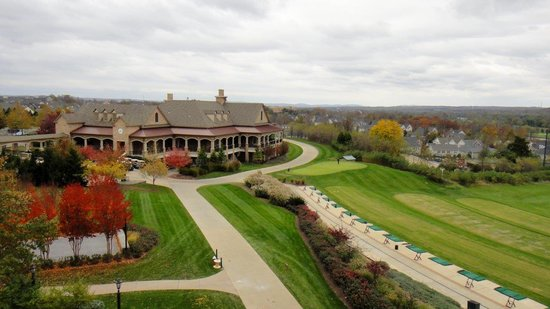 Lansdowne Resort and Spa: View from the bedroom of our suite 201