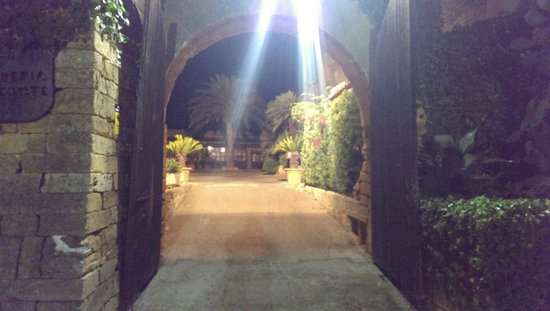 Es Turo: Entrance