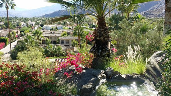 The Willows: Views on hillside sitting areas