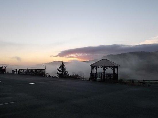 Big Walker Motel: sunrise