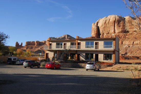 La Posada Pintada Hotel Entrance