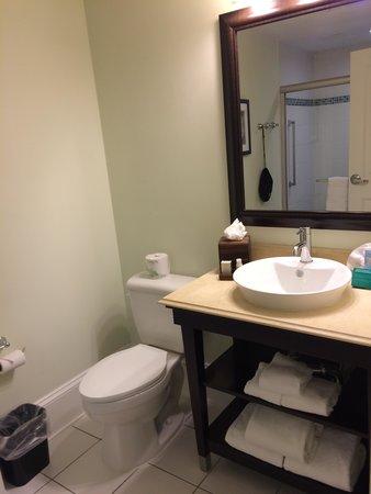 Hotel Gibbs Downtown San Antonio Riverwalk: bathroom