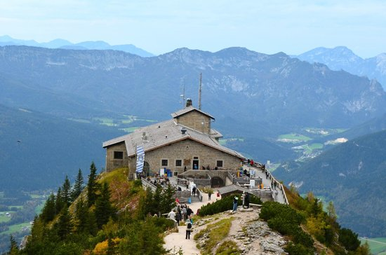 Hitler 39 s eagles nest retreat in berchtesgaden picture of for Designhotel garmisch