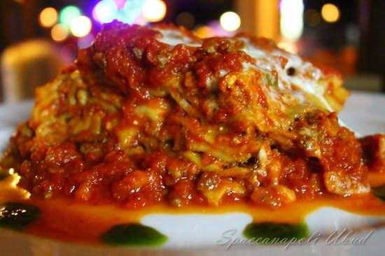 lasagna spaccanapoli