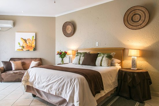 Fountain Hill Guest Lodge: Deluxe suite