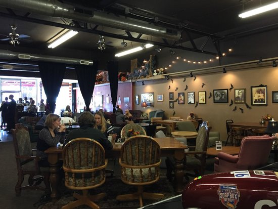 Grind Coffee House: More seating