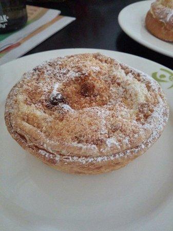 Ciabatta Cafe and Bakery: Cranberry custard pie