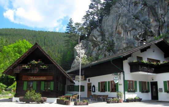 Wasserfallwirt zur Sebastianhütte