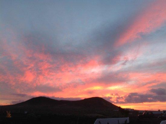Casa Dominique: Sunset over the volcano