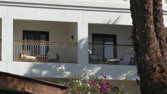 منتجع وسبا هيلتون الأقصر: Deluxe Room Balcony