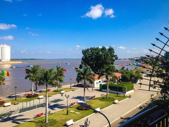 Bougainvillier Hotel: view from our room over Tongle Sap