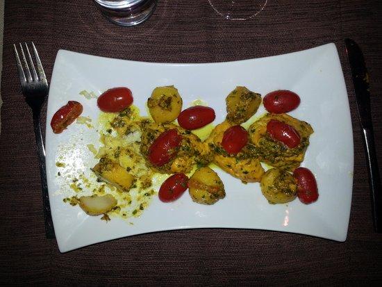Restaurant d'Orient et d'Ailleurs: Lotte aux épices - 95 DH