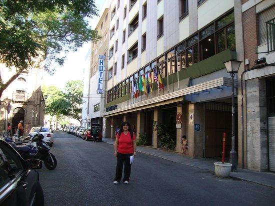 Gran Hotel Lar: Muy facil de llegar