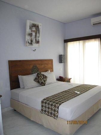 Abian Kokoro: Bed