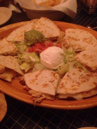Uncle Julio's Hacienda: Chicken quesadilla