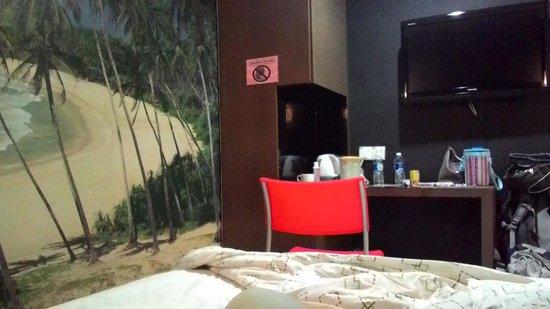 Kozi Hotel
