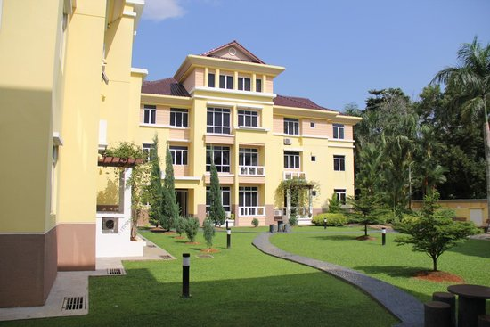 Jinhold Service Apartment: The building