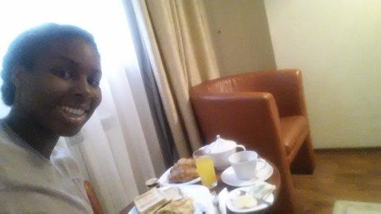 Armonia Hotel: breakfast in the room