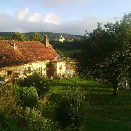 Siccieu-Saint-Julien-et-Carisieu, France : Rural environment