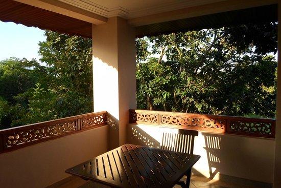 The Imperial River House Resort: Il terrazzino