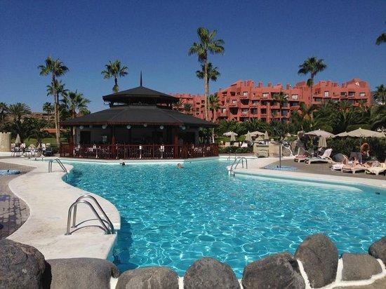 Hotel Riu Palace Tenerife: Swimming Pool and Bar