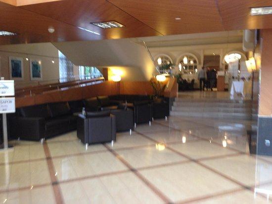 movenpick hotel zurich regensdorf lobby