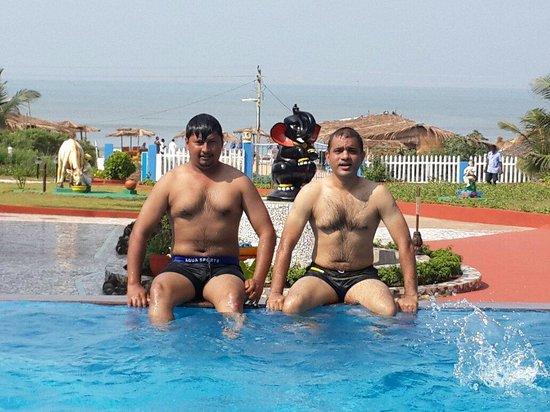Empire Beach Resort Hotel: Pool