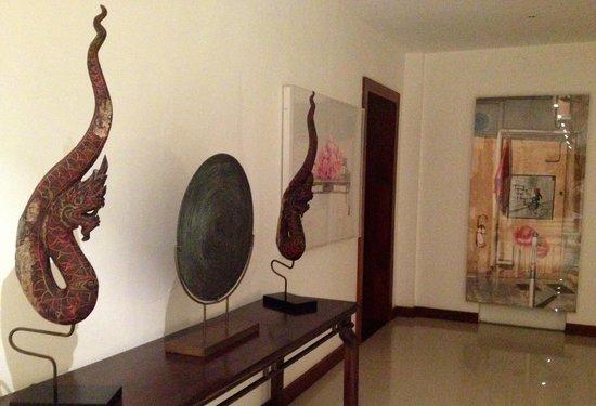 Baan Phu Prana Boutique Villa: Art
