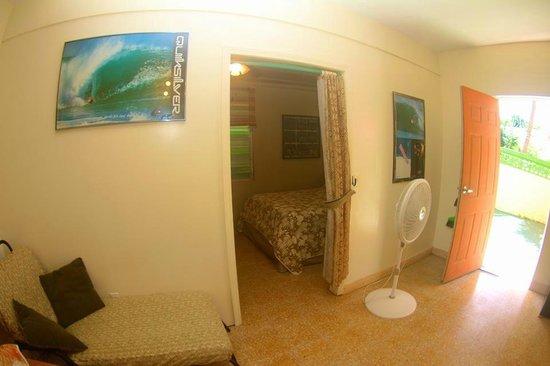 Desecheo Inn: Shark Room