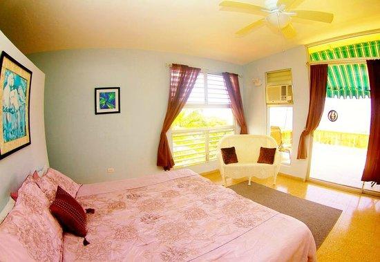 Desecheo Inn: Reef Room Master