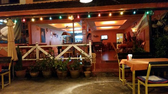 Moons Restaurant: Fantastic restaurant on Koh Chang near Chai Chet