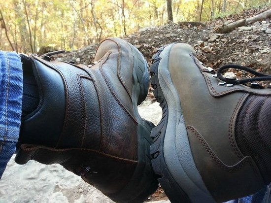 shoes Beaver Bring of hiking explore Picture your to Lake nature rdsxtQhC