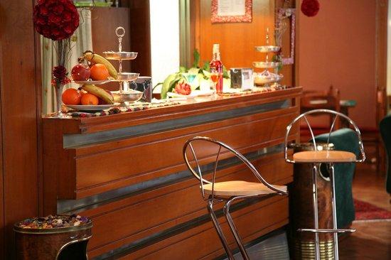 Hotel Bonifacio : Bar