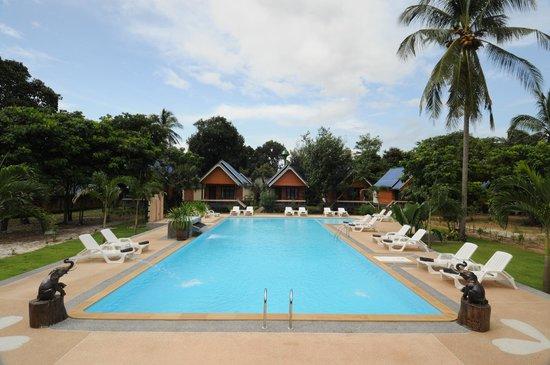 Lanta Sunny House Hotel - room photo 8800525