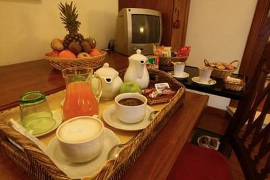 Al Colonnato di San Pietro Bed and Breakfast: Breakfast