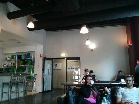 Big Hostel: salon común y cocina