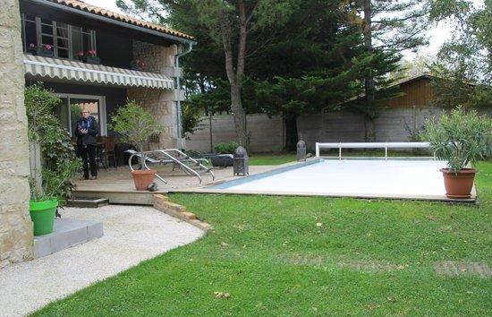 jardin picture of le relais du paradis chambres d. Black Bedroom Furniture Sets. Home Design Ideas