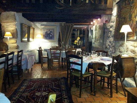 L'Auberge des Mille Etangs: Salle du restaurant