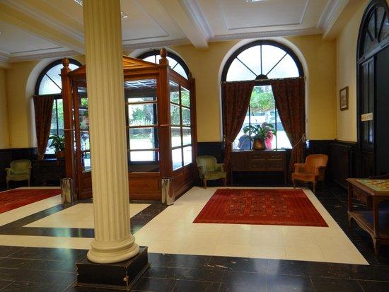 Balneario Cestona: Vestíbulo del hotel